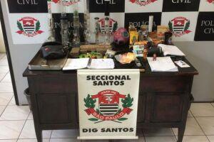 Uma denúncia levou policiais da DIG de Santos ao flagrante