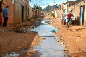O Brasil está em situação intermediária entre os 78 países em que a doença permanece endêmica e mostra mais de 60% da população sem acesso a esgotamento sanitário