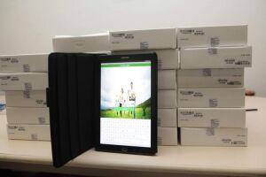 Um total de 255 tablets está sendo distribuído aos profissionais dentro do processo de informatização da rede de atendimento, o programa Integra Saúde