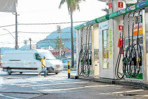 Etanol barato está com dias contados e dólar pressiona gasolina