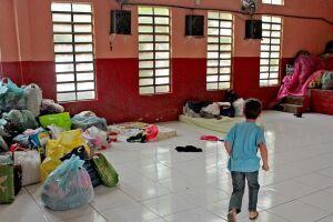 Abrigo das vítimas do incêndio em palafitas da Vila Esperança, Cubatão.