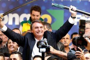 Bolsonaro participando de ato de campanha em julho.