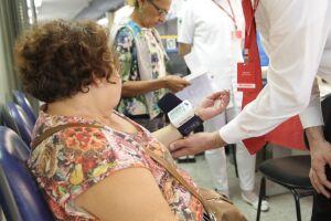 Entre as atividades previstas está a aferição de pressão arterial