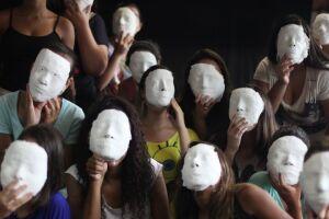 As atividades ocorrem nos segmentos de audiovisual, circo, gestão cultural, literatura, música e teatro.