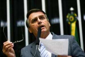 Bolsonaro afirmou que não planeja destinar mais recursos a museus num eventual governo seu.
