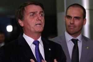 Jair Bolsonaro condenou a fala de seu filho, publicada hoje em vídeo nas redes sociais.