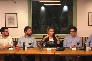 Joice Hasselmann afirmou que tem convidado João Doria a trocar de partido