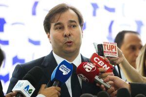 Rodrigo Maia (DEM-RJ) esteve no QG da campanha de Jair Bolsonaro (PSL)