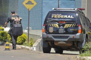 Polícia Federal desenvolve a Operação Salvo Conduto contra a lavagem de dinheiro. Ela cumpre mandados de busca e apreensão em São Paulo, Hortolândia, Jundiaí e em Brasília