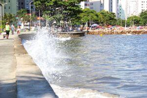 Previsão indica que haverá ondas moderadas no sábado (6)