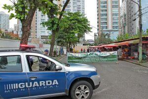 A ação foi acompanhada pela Guarda Municipal