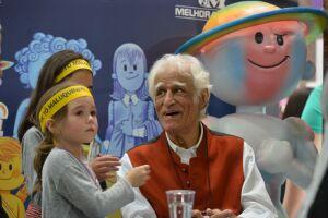 Entre as crianças, Ziraldo ficou famoso com o personagem Menino Maluquinho, criado nos anos 1980