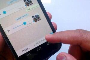 O aplicativo de mensagens WhatsApp anunciou ter banido mais de 100 mil usuários no Brasil nesta semana.