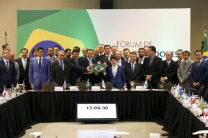 O presidente eleito Jair Bolsonaro participa de Fórum de Governadores eleitos e reeleitos, em Brasília