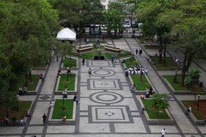 O Roteiro Étnico com alunos das escolas municipais de Santos será realizado na Praça Mauá