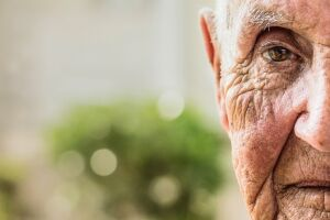 As imagens trazem os moradores do Lar Vicentino de Assistência à Velhice