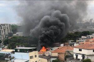 Avião caiu em área residencial na zona norte de São Paulo