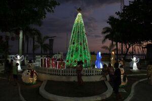 Ruas e praças da Cidade que estão decoradas para o Natal