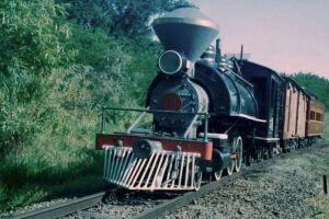 A número 5 é uma Baldwin e foi fabricada em 1913 nos EUA.