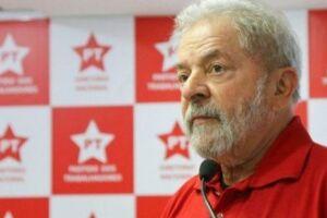 Lula já foi condenado por corrupção e lavagem de dinheiro no caso do tríplex em Guarujá (SP).
