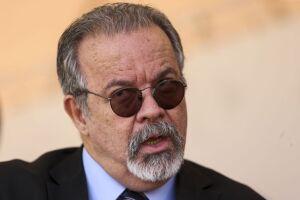 Raul Jungmann disse que tem a certeza de que o italiano Cesare Battisti, foragido da Polícia Federal, será localizado