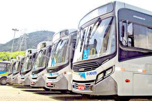 O Terminal Rodoviário de Guarujá recebe operação especial para atender as viagens rodoviárias. O serviço conta 100 ônibus extras.