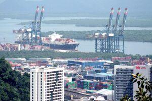 O maior porto da América Latina voltar a ter militares no seu comando a partir do próximo ano, segundo apurado pelo DL