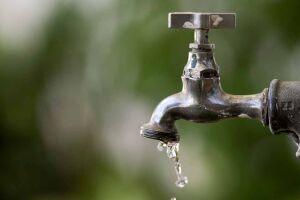 Procon de Guarujá notificou a Sabesp na semana passada pelos transtornos provocados pela falta de água