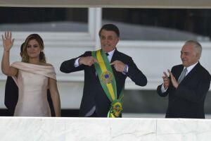 Bolsonaro usou caneta preta clássica para assinar posse