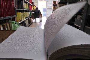 Segundo a União Mundial de Cegos, cerca de 5% das obras literárias no mundo são transcritas para braille