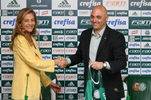 O Palmeiras pretende anunciar até o final deste mês a renovação de contrato com a Crefisa como patrocinadora do clube