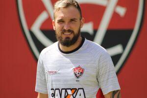 No currículo, Willian tem a conquista do Campeonato Brasileiro de 2014, pelo Cruzeiro, além de títulos estaduais por Vitória e Coritiba, onde foi revelado