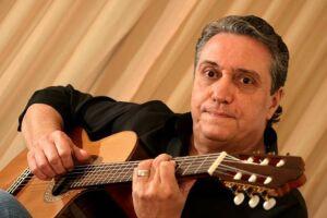 O renomado músico Zé Luiz Mazziotti (foto), que já fez parcerias com Djavan, Ivan Lins, entre tantos outros, realizará apresentação com o violonista Bruno Conde