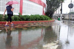Em Santos, choveu em 72 horas 129,9 mm, 67% da média histórica para o mês de abril
