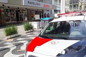 O caso ocorreu na Avenida Ana Costa, no Gonzaga, na manhã deste terça-feira