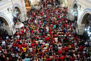 Brasileiro tem preferência por doar à causas religiosas.