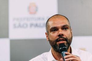 A gestão Bruno Covas (PSDB) irá restringir o acesso de motociclistas à pista expressa da marginal Pinheiros