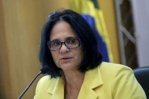 Após participar de painel hoje (10), a ministra confirmou que o formato da proposta será MP, ou seja