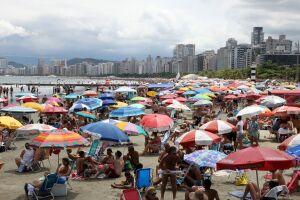 O tempo firme e ensolarado garantiu a praia durante todo o feriadão