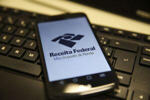A expectativa da Receita Federal é receber 30,5 milhões de declarações neste ano
