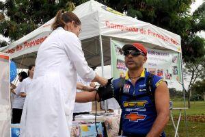 De acordo com o Ministério da Saúde, a pressão alta afeta um em cada quatro brasileiros adultos