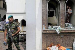 Os primeiros seis ataques ocorreram por volta das 8h45 (horário local, 2h30 em Brasília).