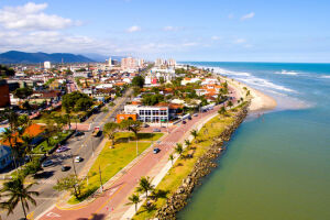 Segundo historiadores, a cidade de Itanhaém têm o mesmo fundador que São Vicente, o português Martim Afonso de Souza