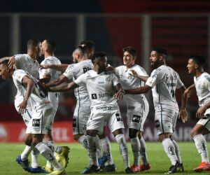 Veja fotos de San Lorenzo 1 x 3 Santos pela Libertadores