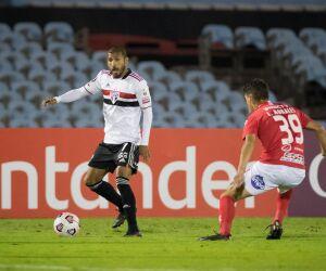Veja imagens de Rentistas 1 x 1 São Paulo pela Libertadores