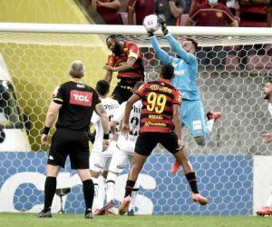Confira fotos de Sport 0 x 0 Santos pelo Brasileirão