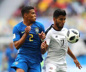 Capitão do Brasil, Thiago Silva exalta alívio após 1ª vitória na Copa