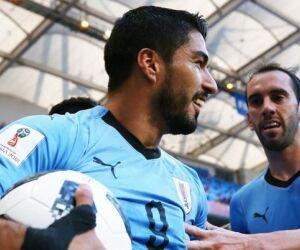 Uruguai vence outra, se classifica e também leva a Rússia às oitavas da Copa