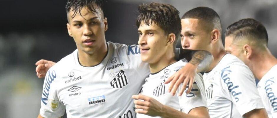 Santos vence na Vila Belmiro e São Paulo segue sem vitória no Brasileirão
