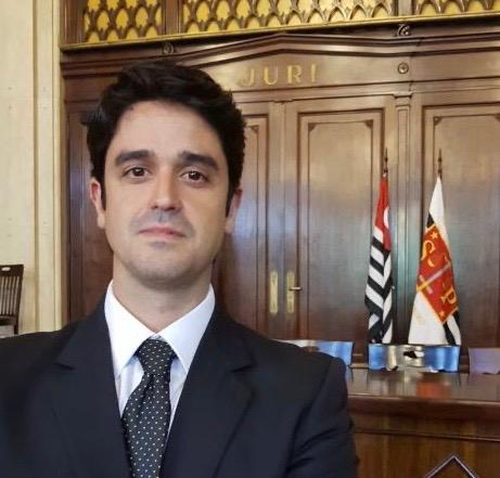 A pedido do advogado Felipe Fontes dos Reis Costa Pires de Campos  houve a revogação da prisão de seu cliente, o que se estendeu para o outro acusado